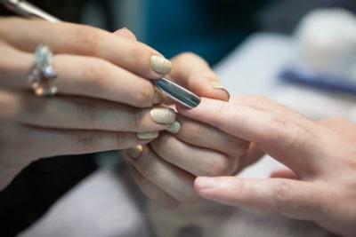 Как безболезнено удалить птеригий на ногтях рук